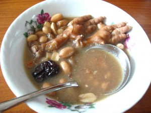 chickenfeet_soup